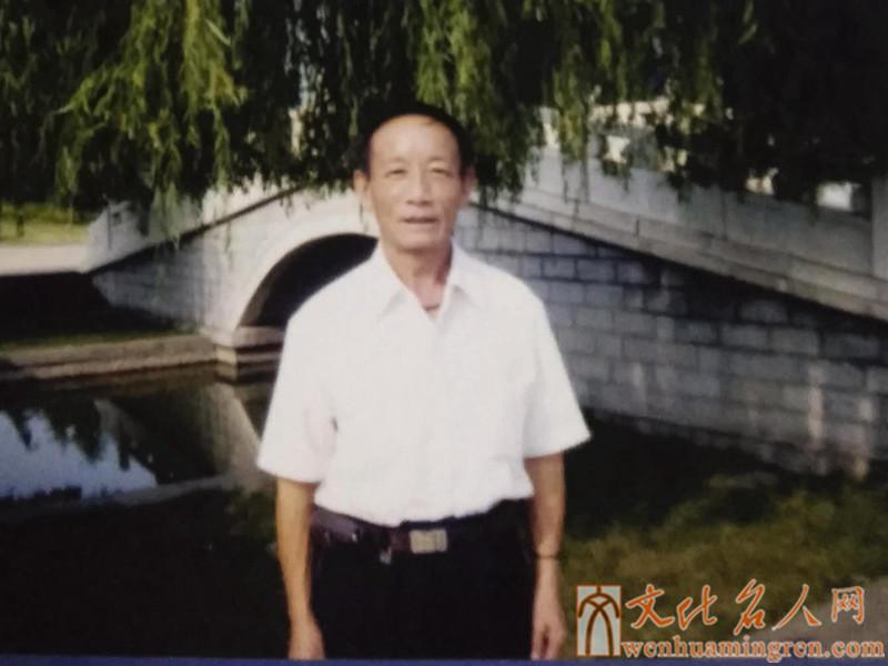 书法家张荣峰
